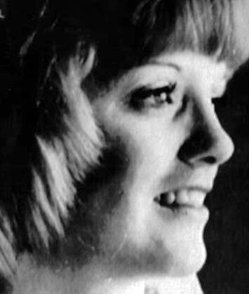 Mary McFarland. Asesinada por el Tylenol
